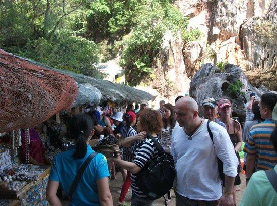 Green Phuket Day Tours:                   Jame Bond Island