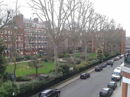 The Maranton House Hotel : vista dal balcone