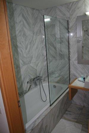 Miramare Resort & Spa: łazienka