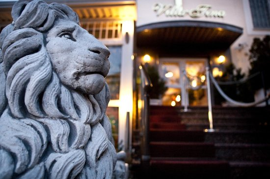 Vila Tina Hotel - Restaurant
