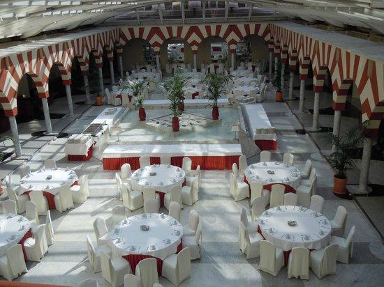 Silken Al-Andalus Palace Hotel: Ristorante