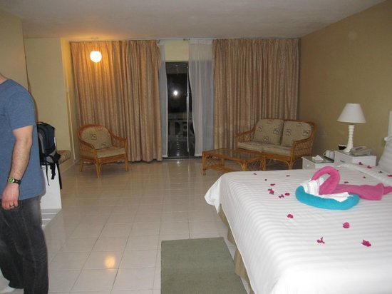 Discovery Bay by Rex Resorts:                   The Clubroom, decorated with flowers for our honeymoon.