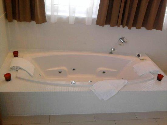 Hotel & Restaurant Christkindlwirt: Whirlpool (Suite)