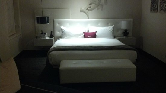 W Chicago - City Center: Bed