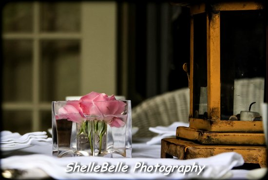Illyria House:                   Table Decor