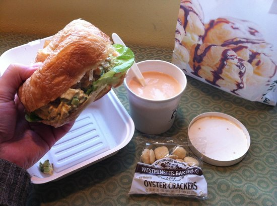 Stonewall Kitchen Cafe : chicken salad sanwich and lobster bisque