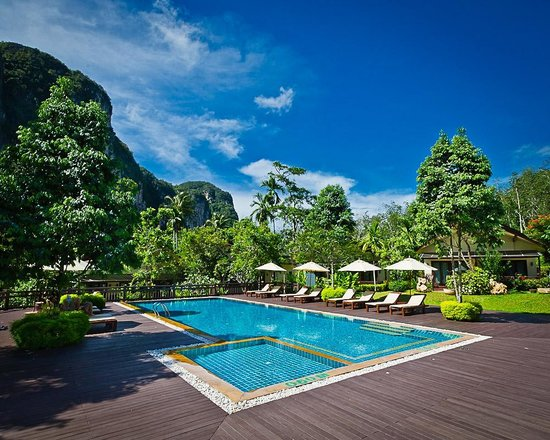 Aonang Phu Petra Resort, Krabi Thailand:                   Private and quite