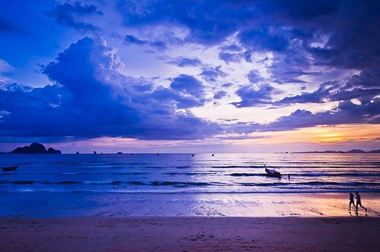 Aonang Phu Petra Resort, Krabi :                   Breathtaking sunsets