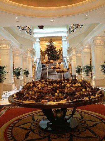Corinthia Hotel Budapest: Рождественское убранство