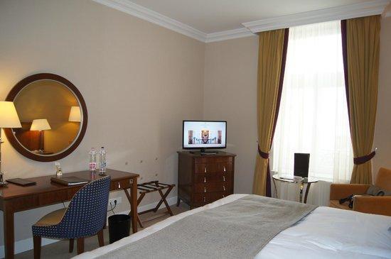 Corinthia Hotel Budapest: Удобный номер