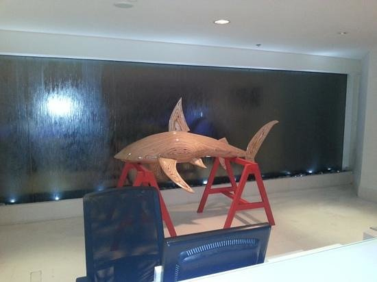 Carlton Tel Aviv:                   the shark in the frount desk