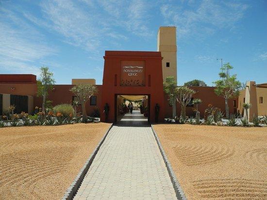 Sossusvlei Lodge: Eingasportal