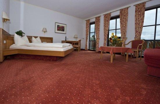 Weingut Sandwiese Winzerhotel: Zimmer