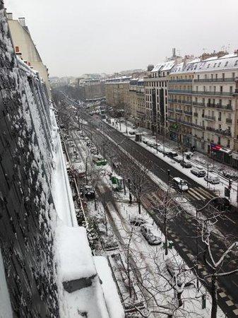 Grand Hotel des Gobelins:                   uitzicht kamer voorzijde