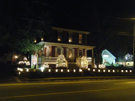 The Inn & Spa at Intercourse Village:                   View of main house at night