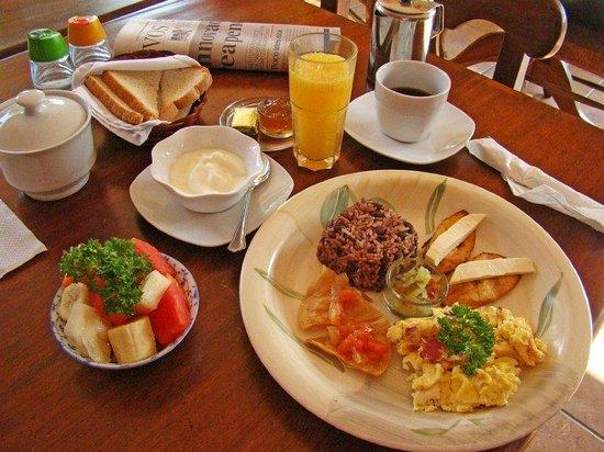Cafe de Poetas: Sample meal