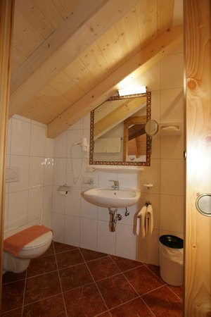 Hotel Garni Litzner: Badezimmer