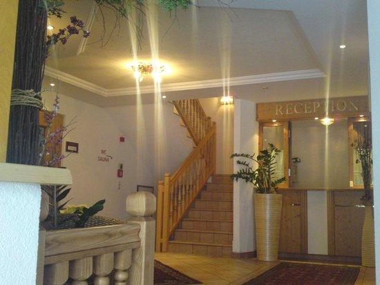 Hotel Garni Litzner: Eingangsbereich
