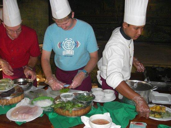 AnnAdyA Restaurant & Bar: cooking class at Annadya