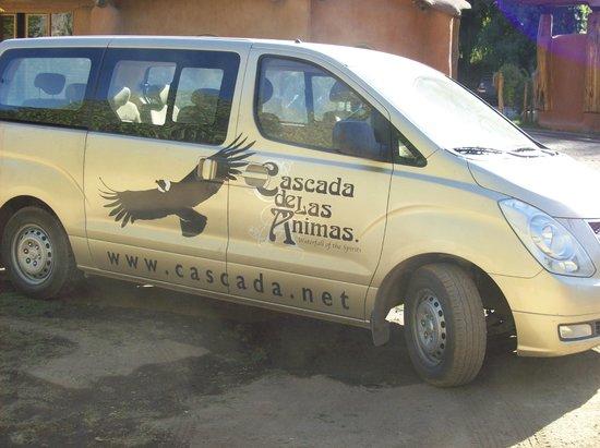 Cascada de las Animas: Vehículo del hotel.