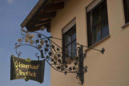 Weingut Sandwiese Winzerhotel: Vinothek