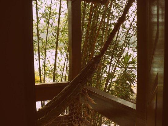 Aquario Hostel: saliendo de una de las habitaciones con balcon 