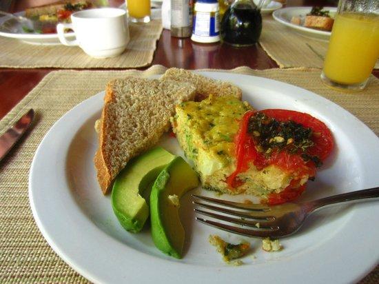 Encanta La Vida:                   Breakfast!