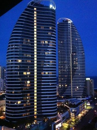 Meriton Serviced Apartments - Broadbeach:                   view from the room