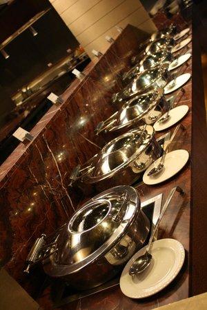 Radisson Gurugram, Udyog Vihar: Plus de 20 plats chauds aux merveilleuses saveurs