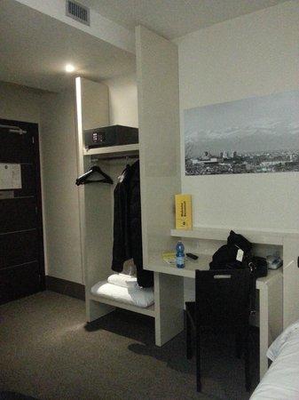 B&B Hotel Torino: room