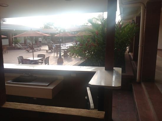Farallones Hotel: area de alberca