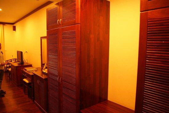 Paradise Angkor Villa Hotel: Room