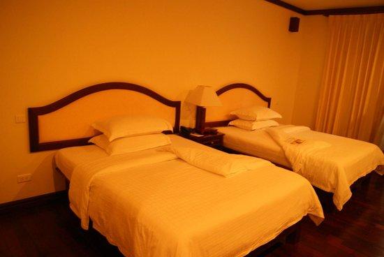 Paradise Angkor Villa Hotel: Bedroom