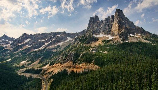 North Cascades National Park, WA: Washington Pass Overlook views