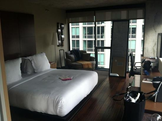 dana hotel and spa:                   bedroom view- corner king