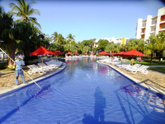 Royal Decameron Salinitas: Pool close to building# 3-4-5