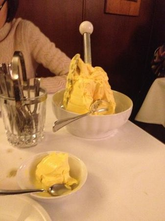 Ristorante Da Fabio: best gelato ever! after an amazing meal, they bring you the whole gelato churn.