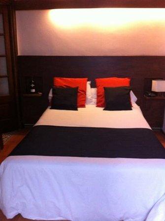 Hotel Babel: habitación