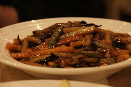 BeiJing Dayali Roast Duck ( WanLiu Dian ): Mmmmm ... eggplant ...