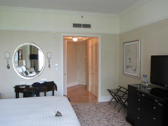 Four Seasons Hotel Singapore: Room
