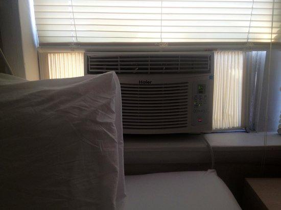 Venezia Hotel:                   new air conditioner