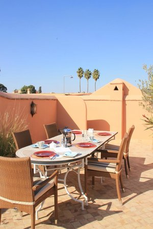 Riad Al-Bushra:                   Breakfast on the roof