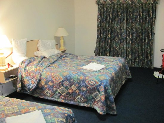 Comfort Inn Busselton River Resort :                   room 3