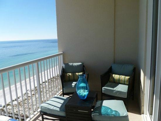 Summerwind Resort:                   Wonderful Balcony 1302E Inn at the Summerwind with nice furniture to relax