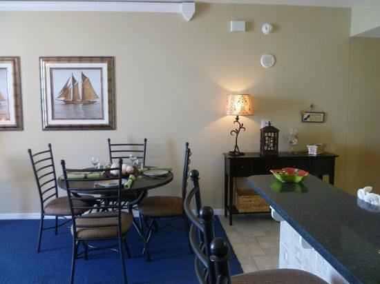 Summerwind Resort:                   Dining Area in our Condo 1302E Inn at the Summerwind