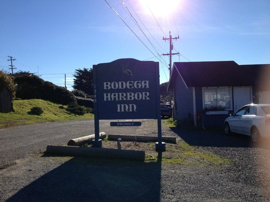 Entrance to Bodega Harbor Inn