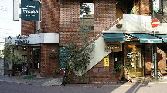 フランクス 小阪駅前店