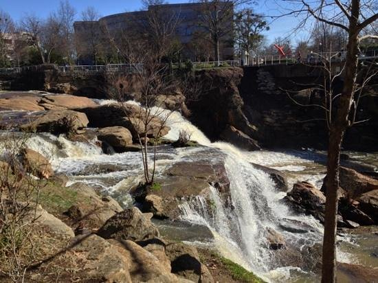 Halls Chophouse: Reddy River Falls