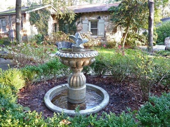 Chanticleer Inn Bed and Breakfast:                   Lovely courtyard                 