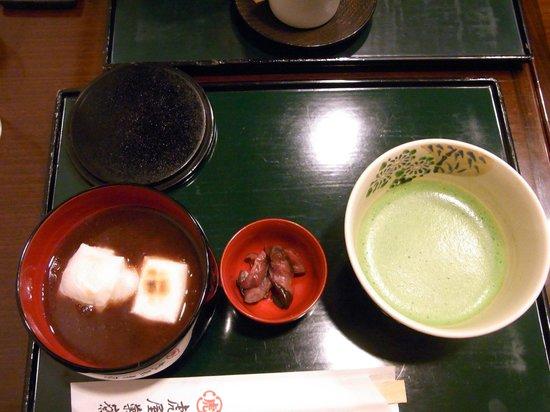 虎屋菓寮, お汁粉と抹茶のセット